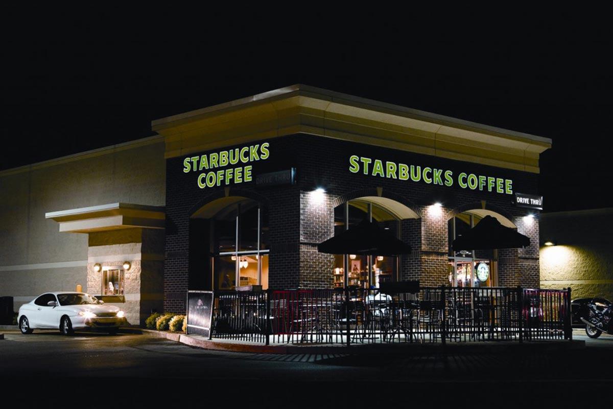 Starbucks-Exterior-Night